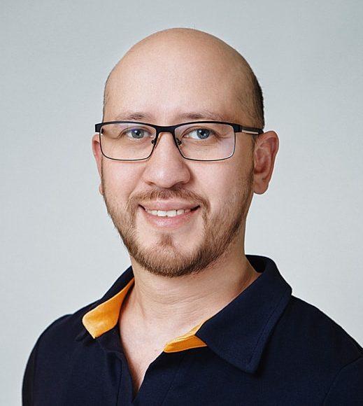 Ирсалиев Мухиддин Зайнидинович — стоматолог-хирург, ортопед, имплантолог