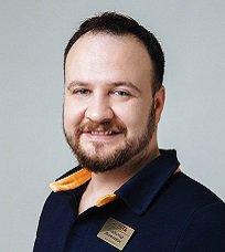 Шлессингер Владимир Яковлевич — стоматолог-терапевт